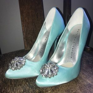 Martinez Valero Zoie in Ice Blue 5.5 pumps